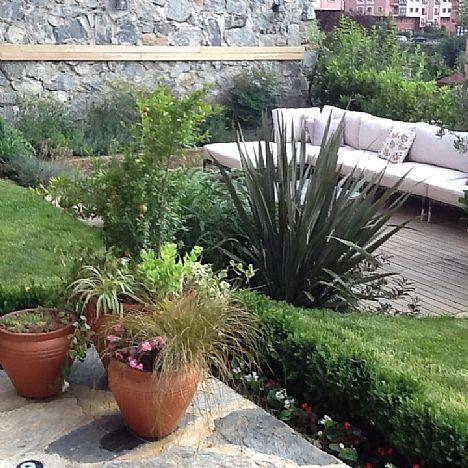 Punica Peyzaj - Değiştirdiğimiz Bahçeler:Zekeriyaköy'de bir ev